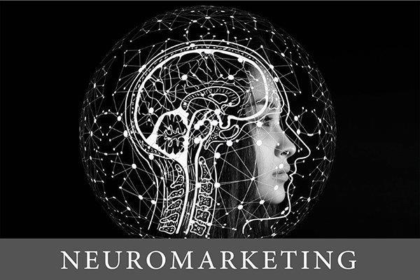 ilustracija ljudske glave okružene simbolima impulsa na kojoj se pola vidi lice a na pola su iscrtani mozak i nervi